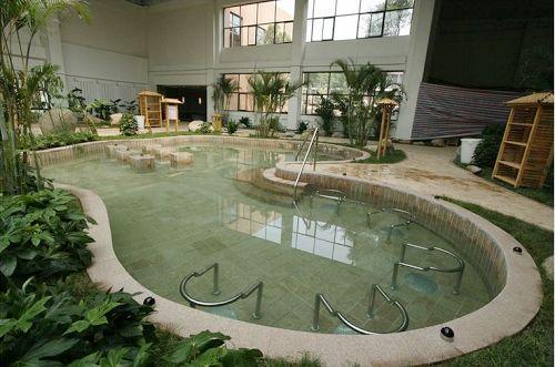 天沐温泉度假村室内温泉和水疗